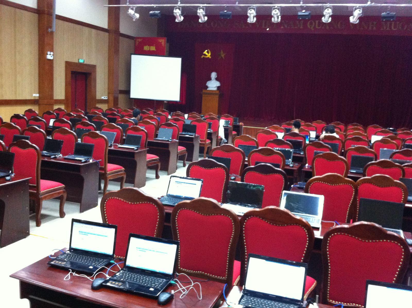 hội thảo trực tuyến